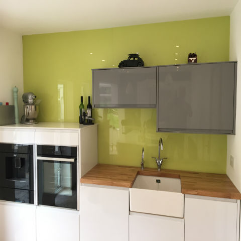 How To Measure Up For An Acrylic Splashback