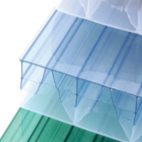 insulating layers in multiwall polycarbonate